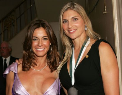 kelly-bensimon-lopsided-boobs 12 Famous Celebrities With Worst Boob Jobs Ever
