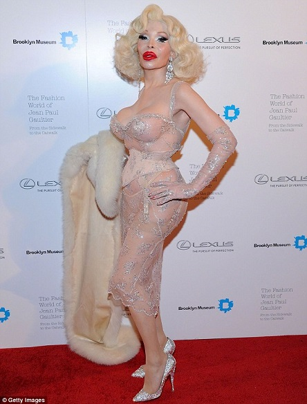 amanda lepore plastic surgery before after pictures, amanda lepore plastic surgery, amanda lepore plastic surgery disasters, amanda lepore plasti surgery gone wrong, amanda lepore plastic surgery story1
