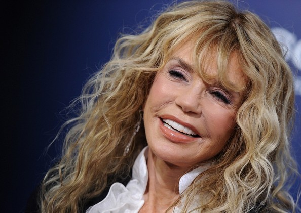 dyan cannon plastic surgery, dyan cannon plastic surgery before after photos, dyan cannon plastic surgery facelift, dyan cannon plastic surgery liposuction1