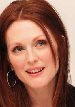 julianne moore 15 Celebrities Who Have Aged Well