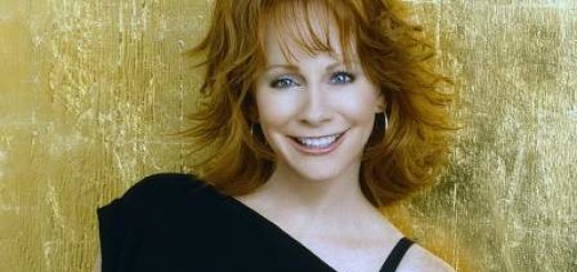reba mcentire plastic surgery, reba mcentire photos, reba mcentire breast implants, breast augmentation