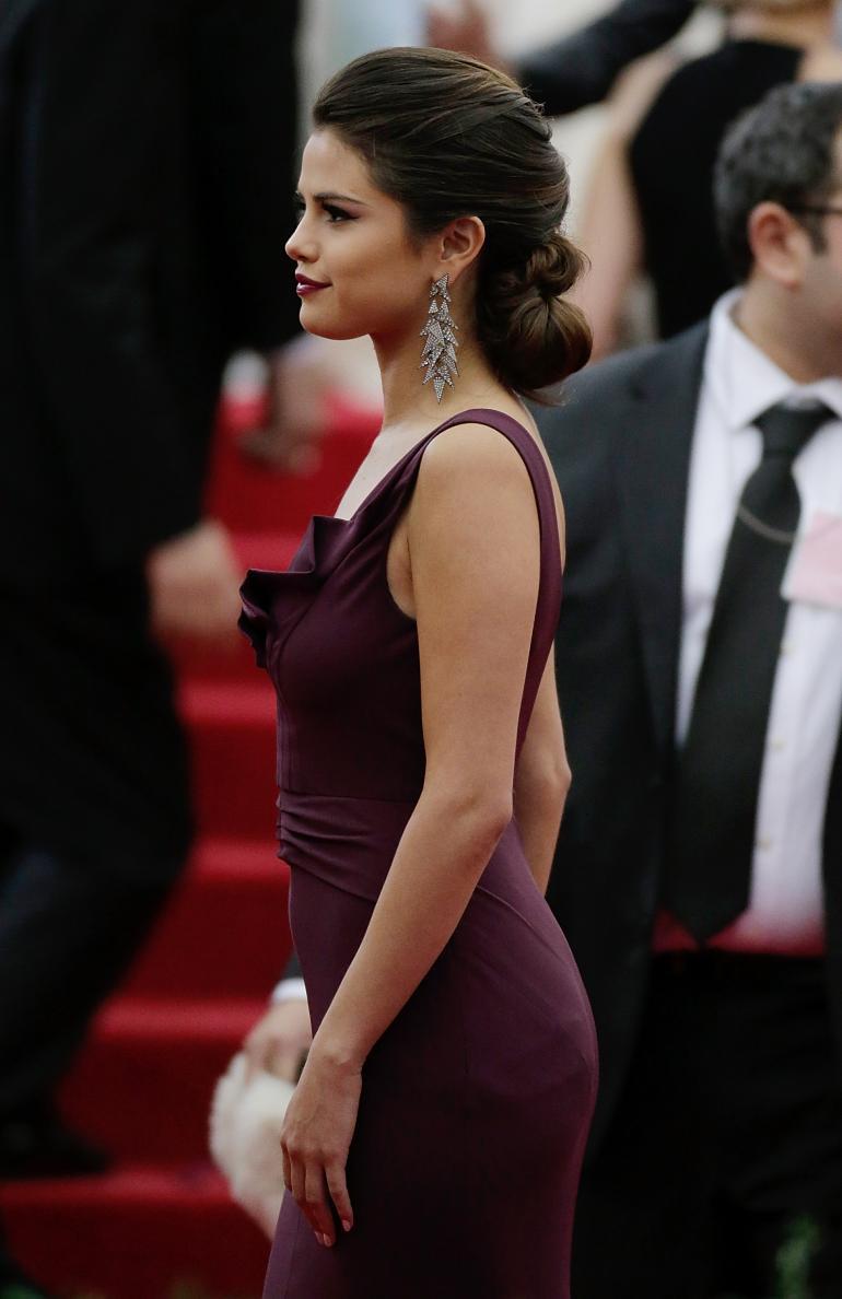 Selena gomez s breasts
