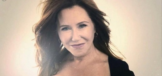 Mary McDonnell plastic surgery, Mary McDonnell plastic surgery before and after photos, Mary McDonnell plastic surgery facelift, Mary McDonnell plastic surgery botox, Mary McDonnell plastic surgery breast augmentation1