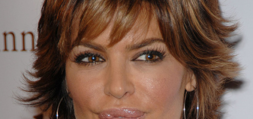 lisa rinna plastic surgery, lisa rinna lip surgery, lisa rina awful plastic surgery, lisa rinna plastic surgery1 2012