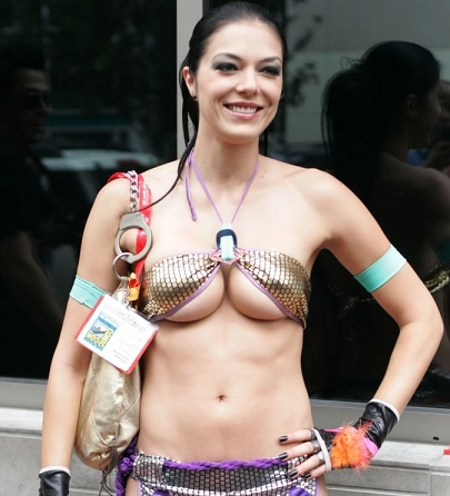 Adrianne Curry Plastic Surgery, Adrianne Curry Plastic Surgery before after photos, Adrianne Curry breast augmentation, Adrianne Curry breast implants, Adrianne Curry nose job, Adrianne Curry boob job1
