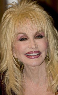 Dolly Parton plastic surgery, Dolly Parton plastic surgery before after photos, Dolly Parton breast augmentation, Dolly Parton breast implants, Dolly Parton nips and tuck, Dolly Parton facelift, Dolly Parton nose job