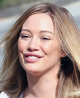 hilary duff plastic surgery, hilary duff plastic surgery before after photos, hilary duff breast augmentation, hilary duff breast implants, hilary duff nose job, hilary duff lip injection, hilary duff cosmetic dentistry4