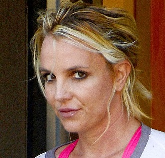 Britney Spears plastic surgery, Britney Spears plastic surgery before after photos, Britney Spears breast augmentation, Britney Spears breast implants, nose job, liposuction, lip injection