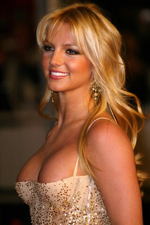 Britney Spears plastic surgery, Britney Spears plastic surgery before after photos, Britney Spears breast augmentation, Britney Spears breast implants, nose job, liposuction, lip injection2