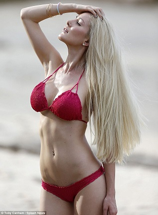 These Heidi Montag Bikini Pictures Are As Fake As Her Breasts