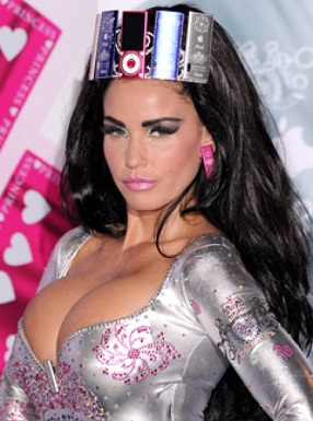 Katie Price plastic surgery, Katie Price plastic surgery before after photos, Katie Price breast augmentation, Katie Price breast implants, Katie Price nose job, lip injection, botox, chemical peels3
