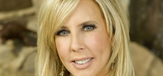 Vicki Gunvalson plastic surgery, Vicki Gunvalson plastic surgery before after photos, Vicki Gunvalson breast implants, Vicki Gunvalson liposuction, Vicki Gunvalson chin implants, botox, fillers, nose job6
