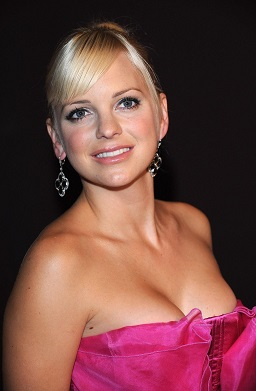 Anna Faris plastic surgery, Anna Faris plastic surgery before after photos, Anna Faris breast implants, nose job, lip injection, botox5