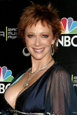 Lauren Holly plastic surgery, Lauren Holly plastic surgery before after, Lauren Holly boobs, Lauren Holly breast implants, breast augmentation, botox1