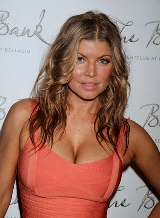 Fergie plastic surgery, Fergie plastic surgery before after photos, Fergie breast implants, Fergie breast augmentation, nose job, botox, Fergie photos, Fergie images, Fergie pictures6