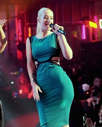Iggy Azalea plastic surgery, Iggy Azalea plastic surgery before after photos, Iggy Azalea photos, breast implants, breast augmentation, butt implants, has Iggy Azalea had butt implants, lip injection0