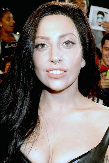 lady gaga plastic surgery, lady gaga photos, lady gag plastic surgery before after photos, lady gaga nose job, lip injection, botox, lady gaga without makeup6