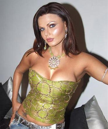 rakhi sawant plastic surgery, rakhi sawant plastic surgery before after photos, breast implants, rakhi sawant pictures, rakhi sawant photos, breast augmentation, liposuction, botox, facelift4