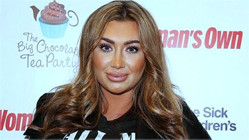 Lauren Goodger plastic surgery, Lauren Goodger breast implants, breast augmentation, lip injection, Lauren Goodger photos, botox2