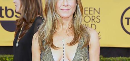Jennifer Aniston, Jennifer Aniston photos, Jennifer Aniston diet, Jennifer Aniston cosmetic surgery, plastic surgery, nose job, before after photos