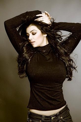 ayesha takia photos, ayesha takia breast implants, ayesha takia plastic surgery, liposuction